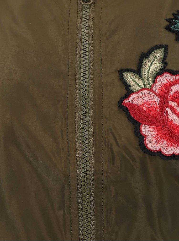 Khaki šusťákový bomber s nášivami VERO MODA Rose