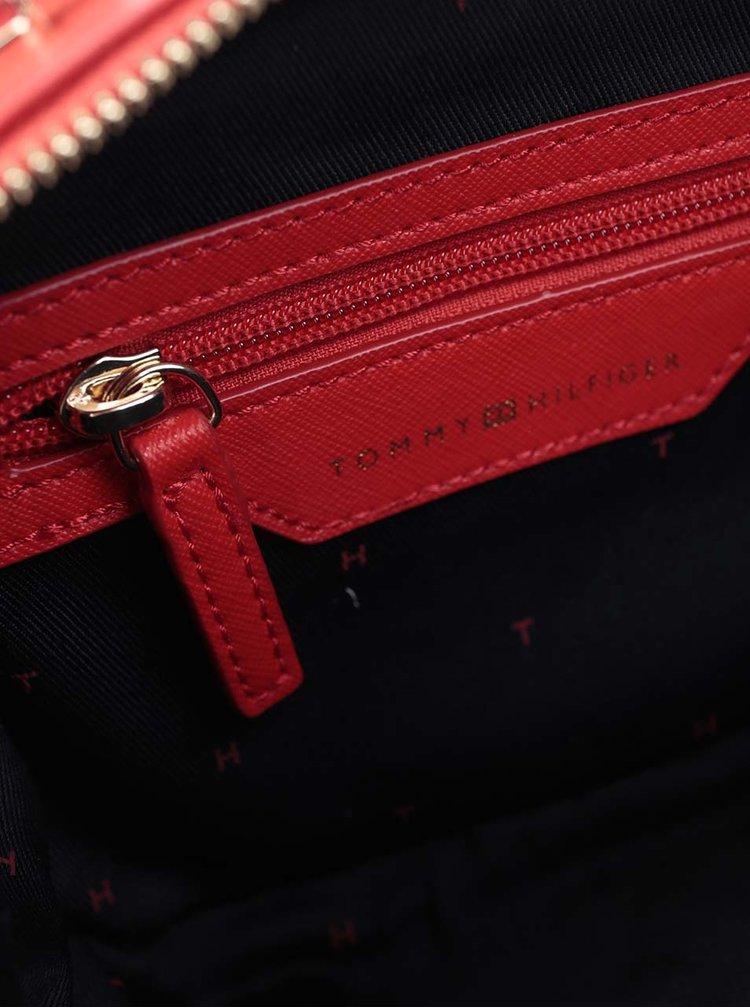 Červená crossbody kabelka Tommy Hilfiger