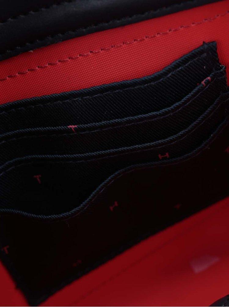 Modro-červená crossbody kabelka s motivem srdcí Tommy Hilfiger