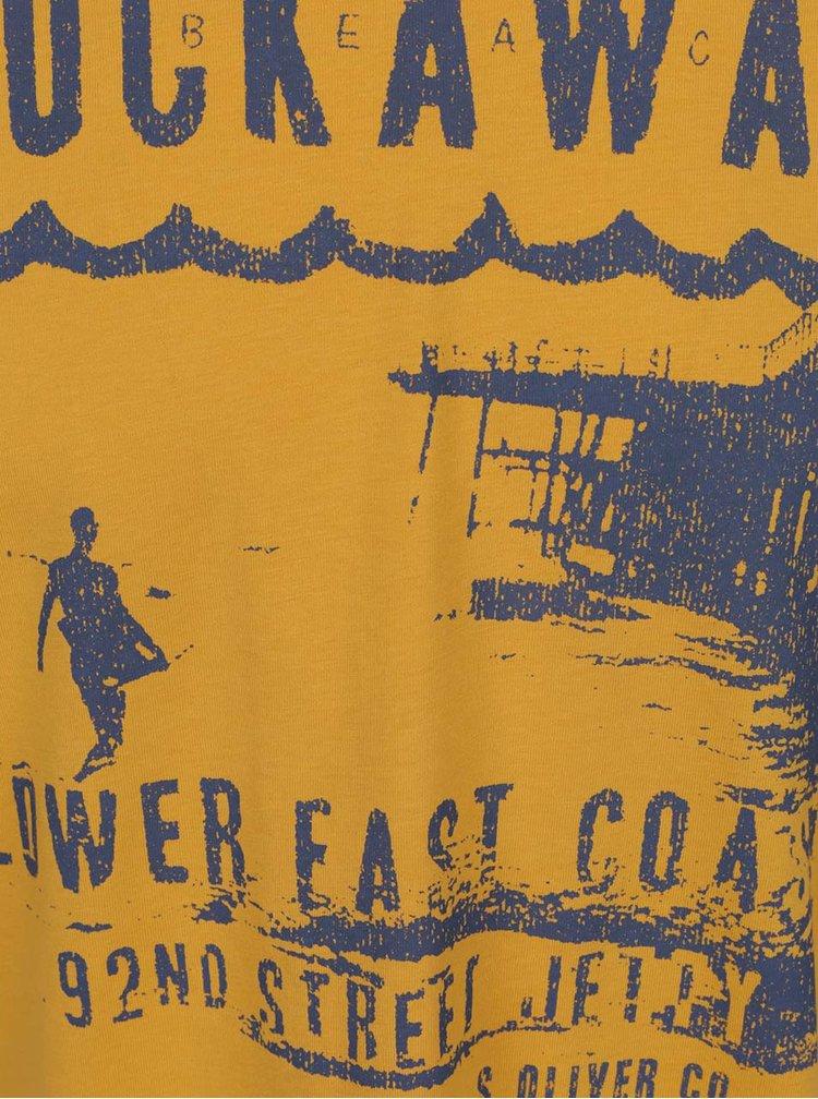 Žluté pánské triko s modrým potiskem s.Oliver