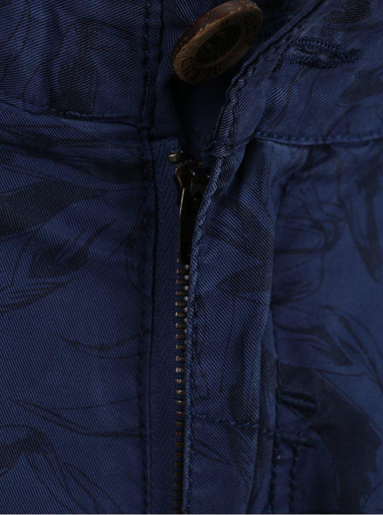 Tmavě modré vzorované chino kraťasy Blend