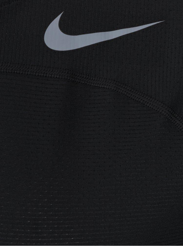 Tricou Nike negru cu logo si print pe partea din spate