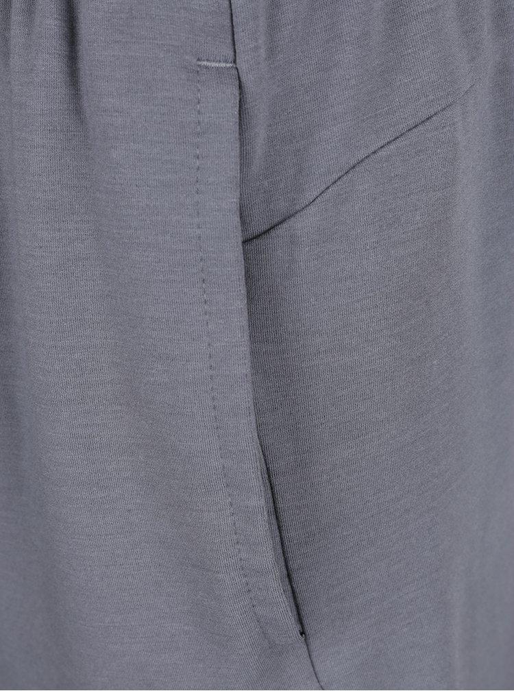 Šedé pánské teplákové kraťasy s kapsami Nike Dry