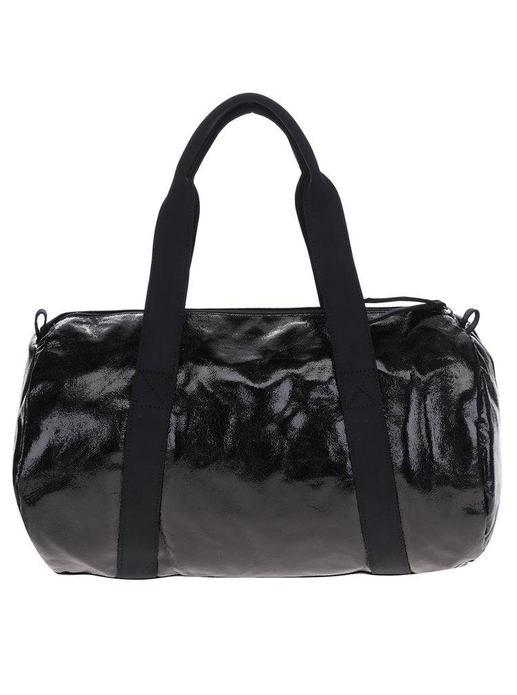 Černá lesklá sportovní taška Pieces Joni