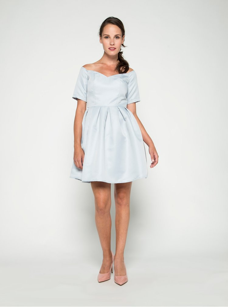 Světle modré šaty s odhalenými rameny Chi Chi London Finola