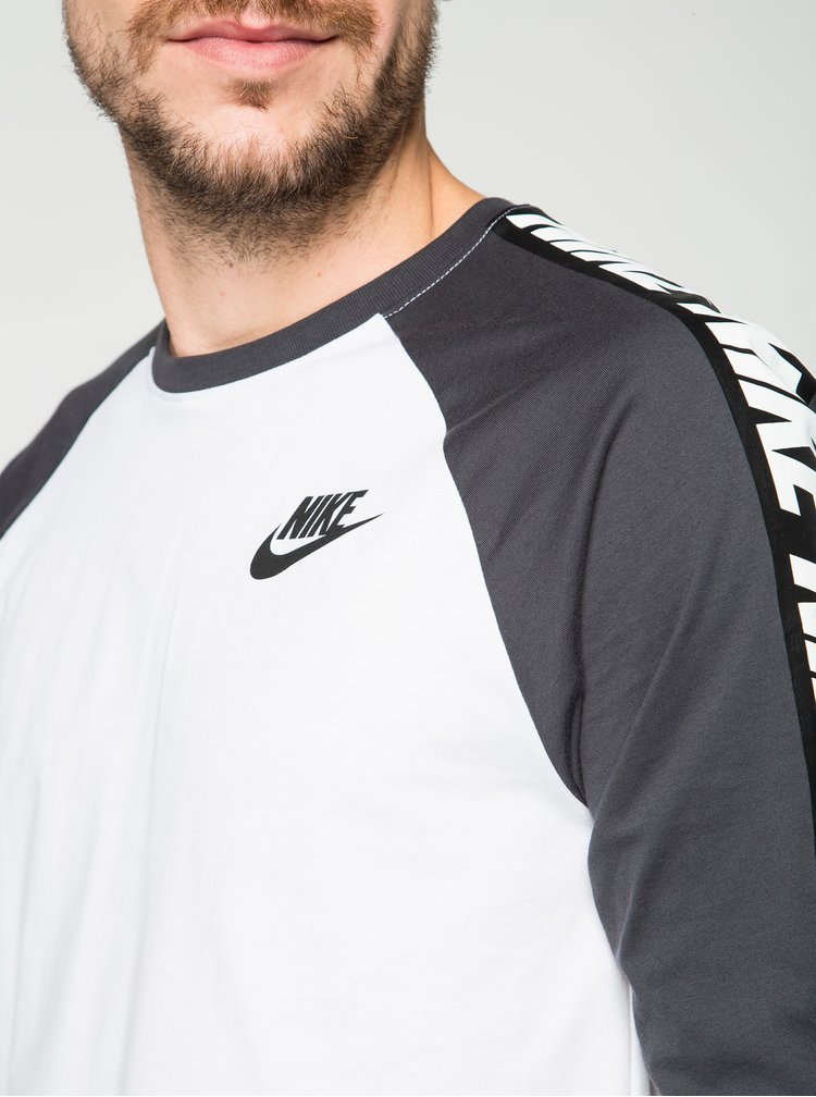 Černo-bílé pánské tričko s potiskem Nike Tee