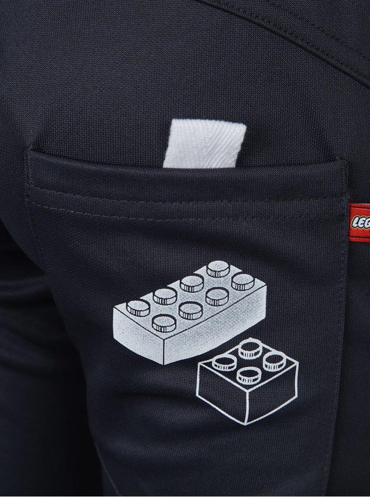Tmavě šedé klučičí tepláky s potiskem Lego Wear Pilou