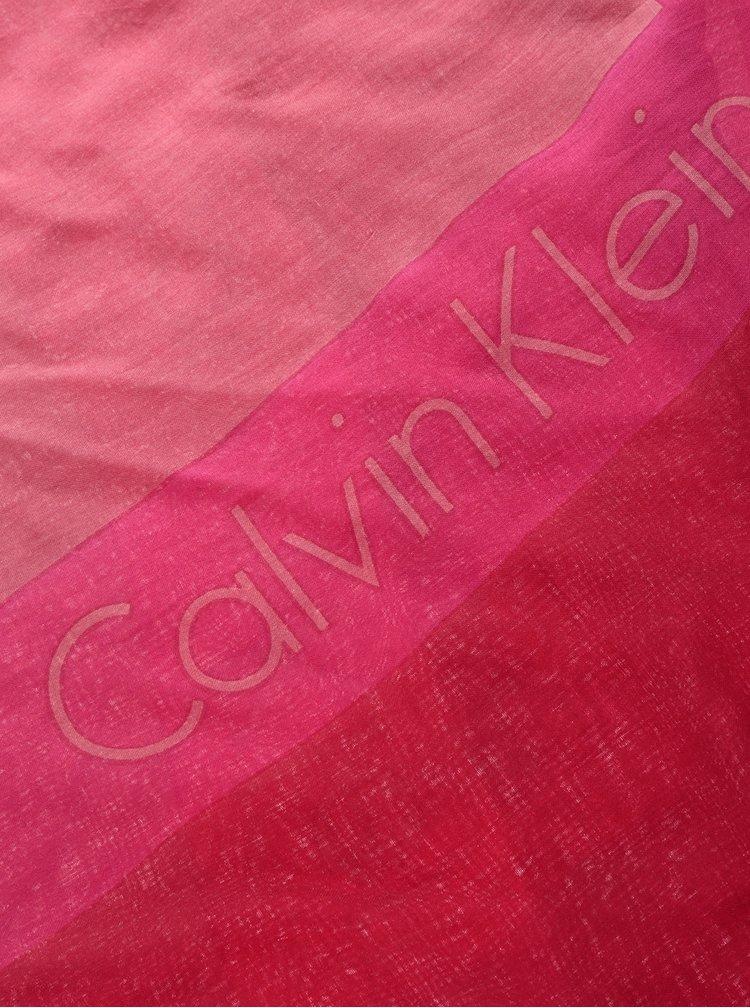 Růžový dámský šátek s nápisem Calvin Klein Jeans Logo