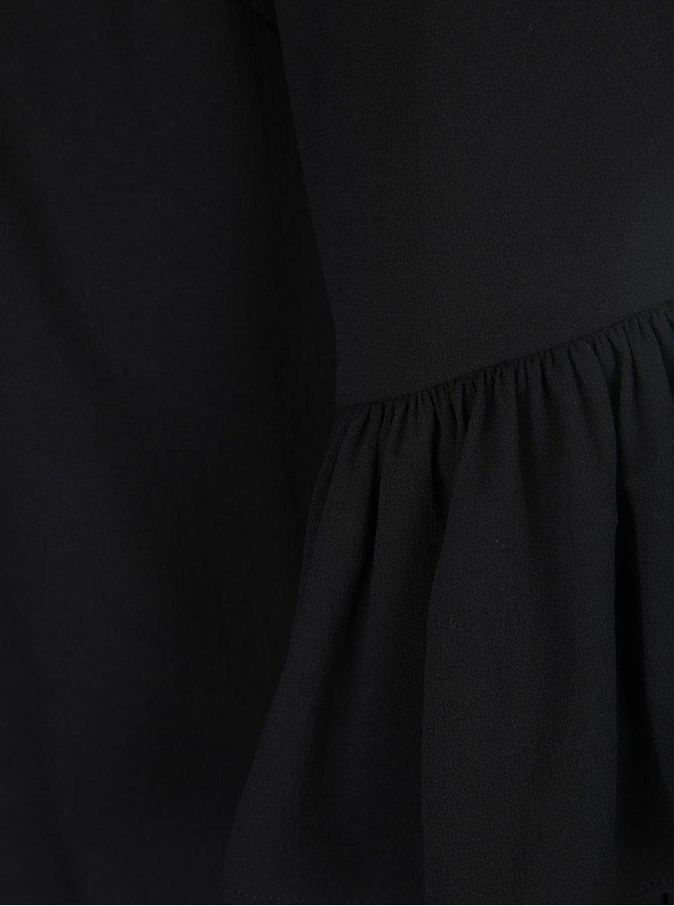 Černá halenka s volány na rukávech VERO MODA Dellie