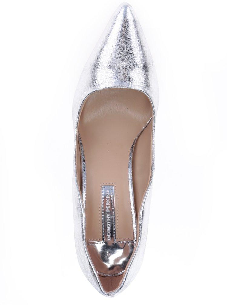 Lesklé lodičky ve stříbrné barvě na jehlovém podpatku Dorothy Perkins