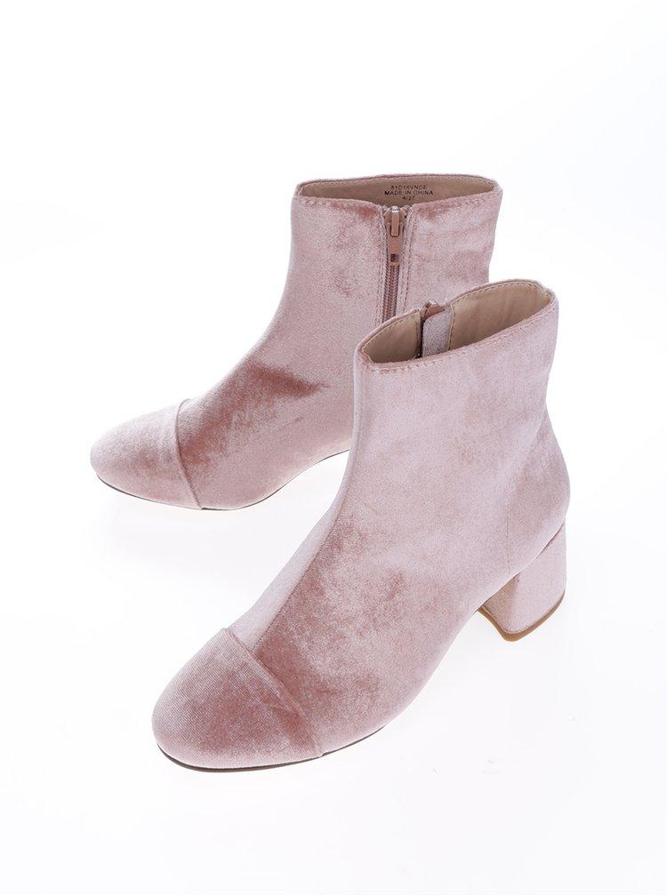 Růžové sametové kotníkové boty Miss Selfridge