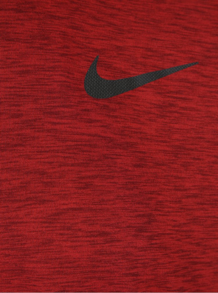 Červené žíhané pánské funkční tričko Nike Breathe