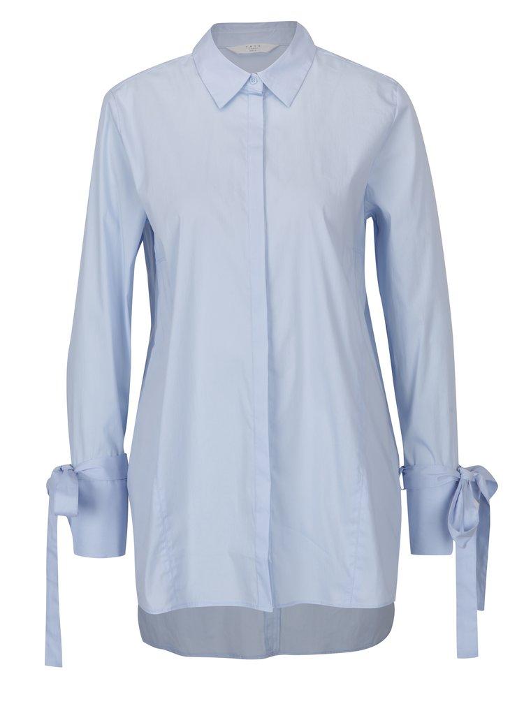 Světle modrá volná dlouhá košile se zavazováním na rukávech YAYA