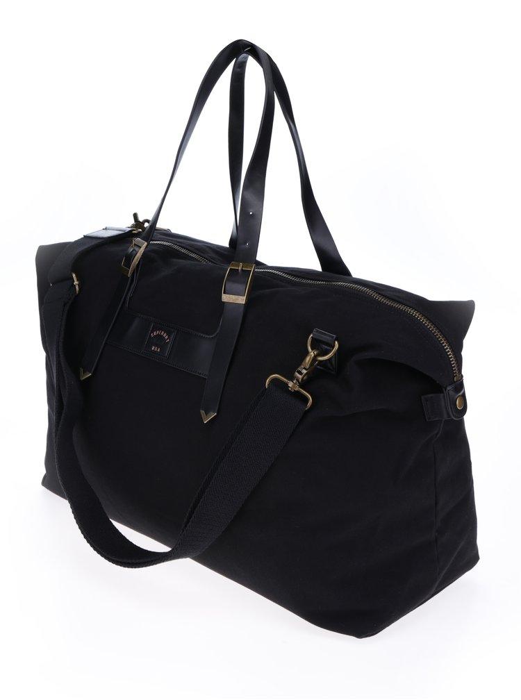 Černá unisex cestovní taška s kovovými detaily Superdry