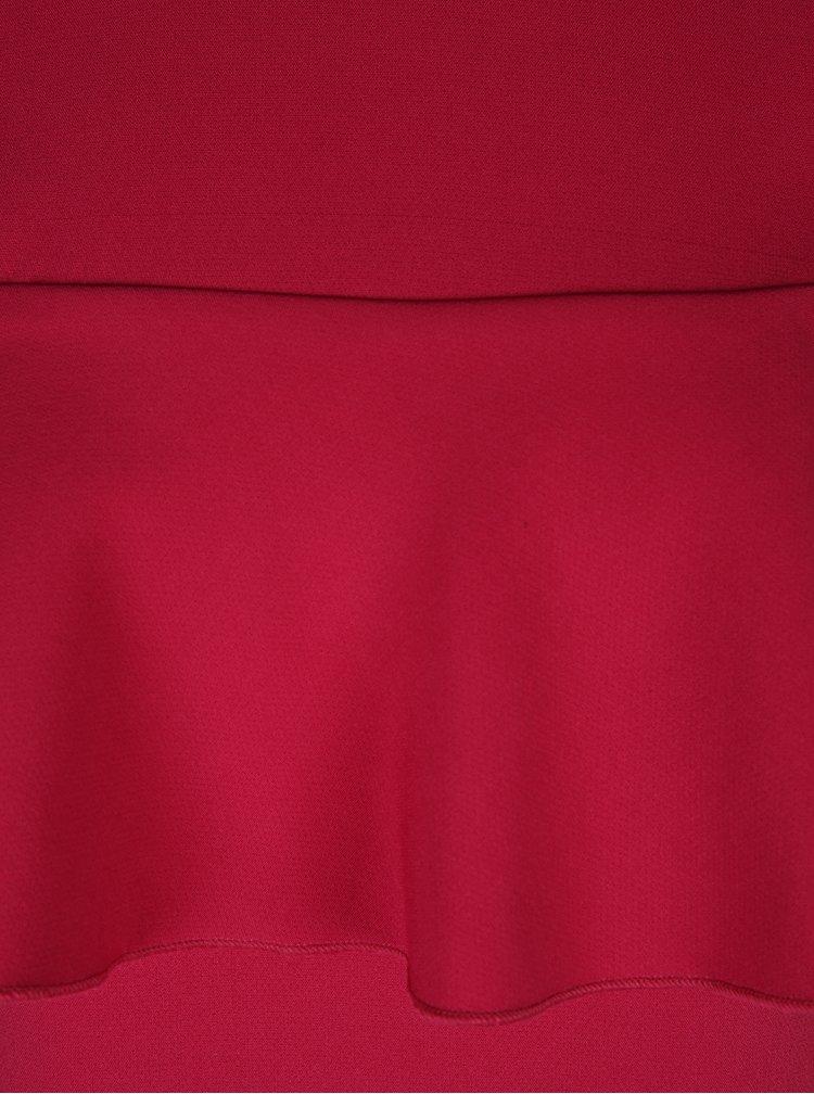 Rochie roz cu decupaj pe umeri și volane - DÉCCADA