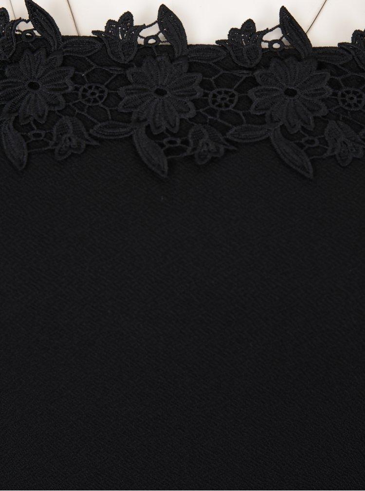 Černé šaty s odhalenými rameny a krajkovým detailem Miss Selfridge Petites