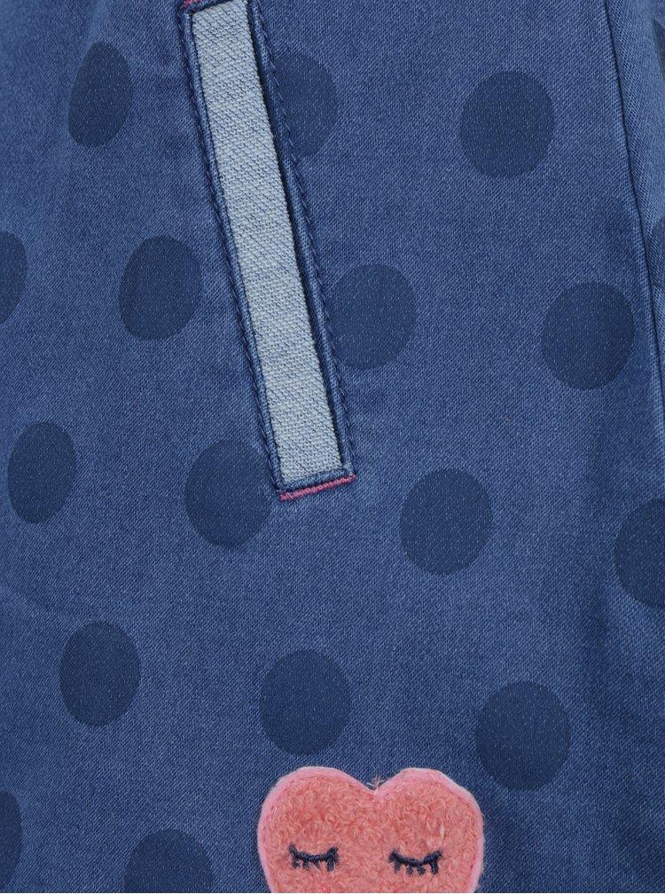 Modrá holčičí puntíkovaná sukně a pružným pasem a nášivkou 5.10.15.