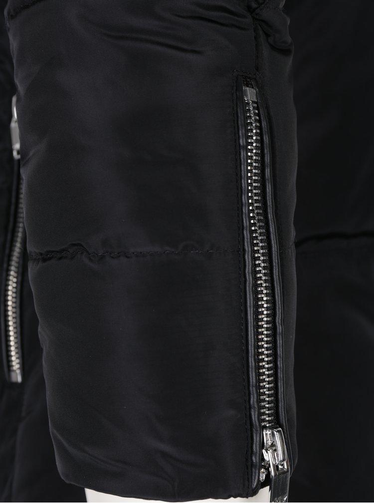 Černá prošívaná bunda ONLY Kelly