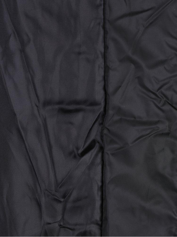 Čierny prešívaný tehotenský kabát s opaskom Mama.licious Zita