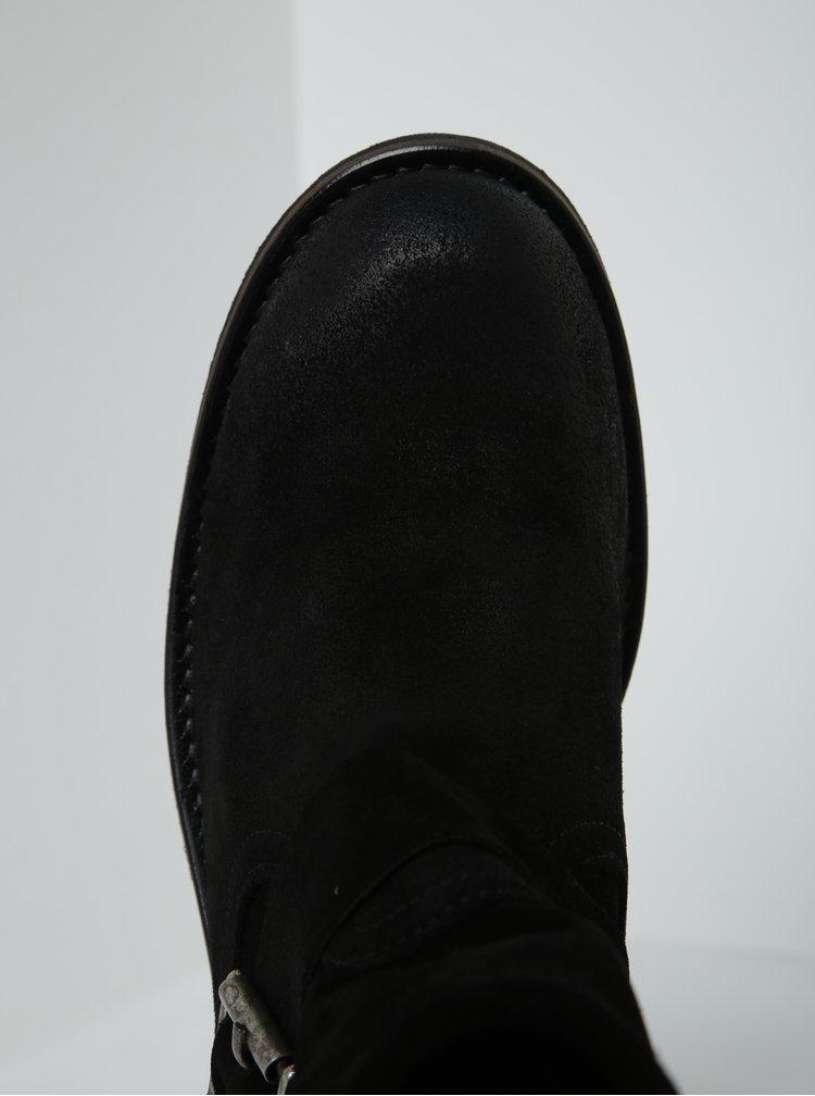 Černé semišové kotníkové boty s přezkami Pieces Petti