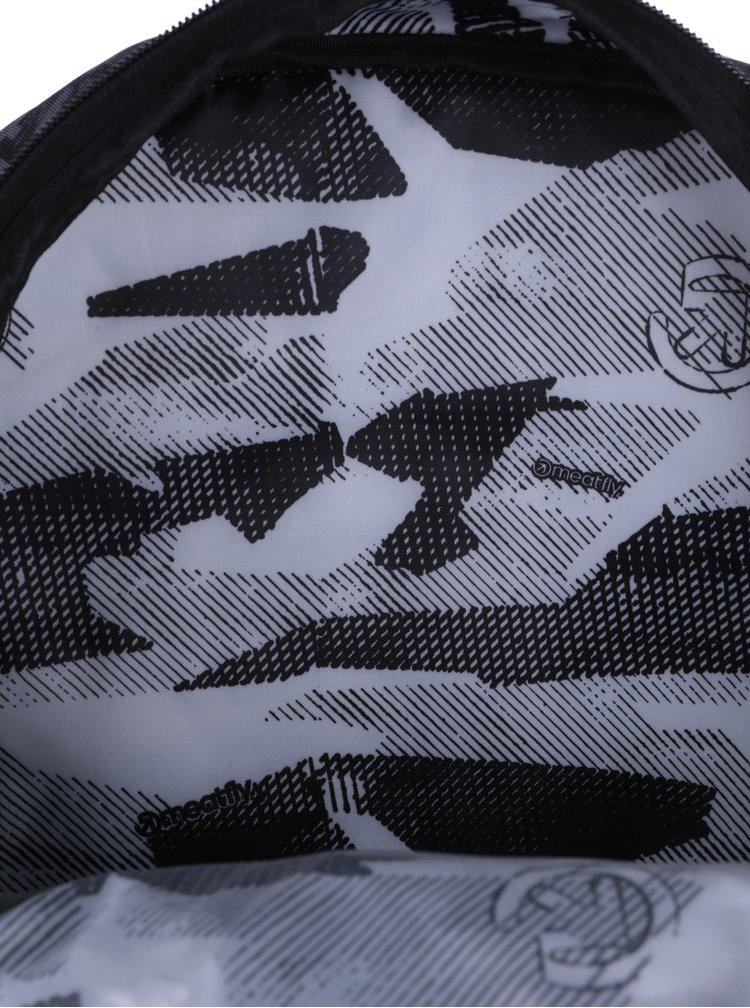 Sivý vzorovaný batoh Meatfly Vault 26 l