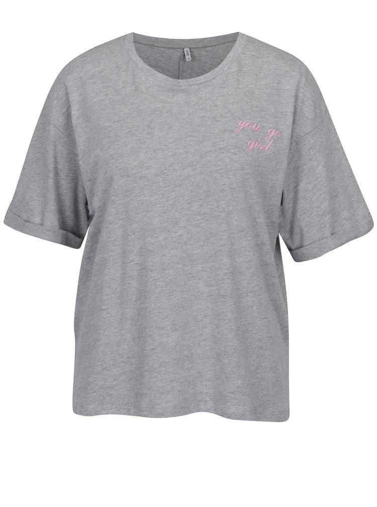 Šedé volné žíhané tričko s vyšitým nápisem ONLY Girl Boss