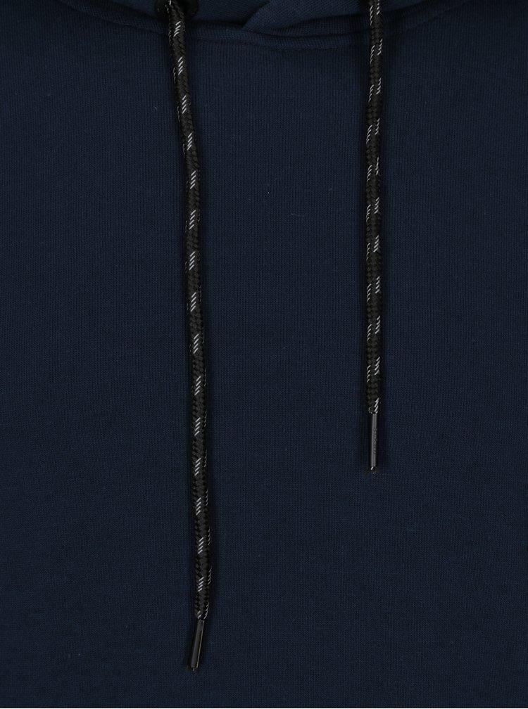 Tmavě modrá mikina s potiskem a kapsami Blend