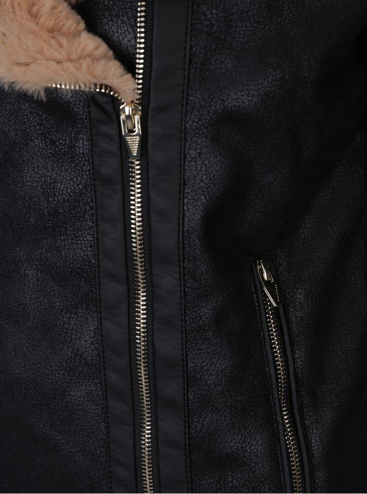 Černý zimní křivák s umělým kožíškem VILA Rula