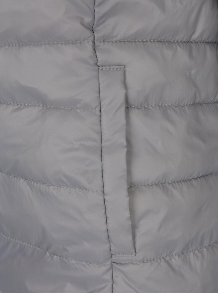 Světle šedá prošívaná bunda s kapucí ONLY Tahoe