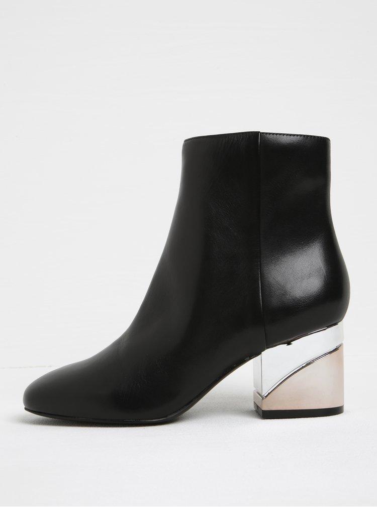 Černé dámské kožené kotníkové boty na metalickém podpatku ALDO Kaedi