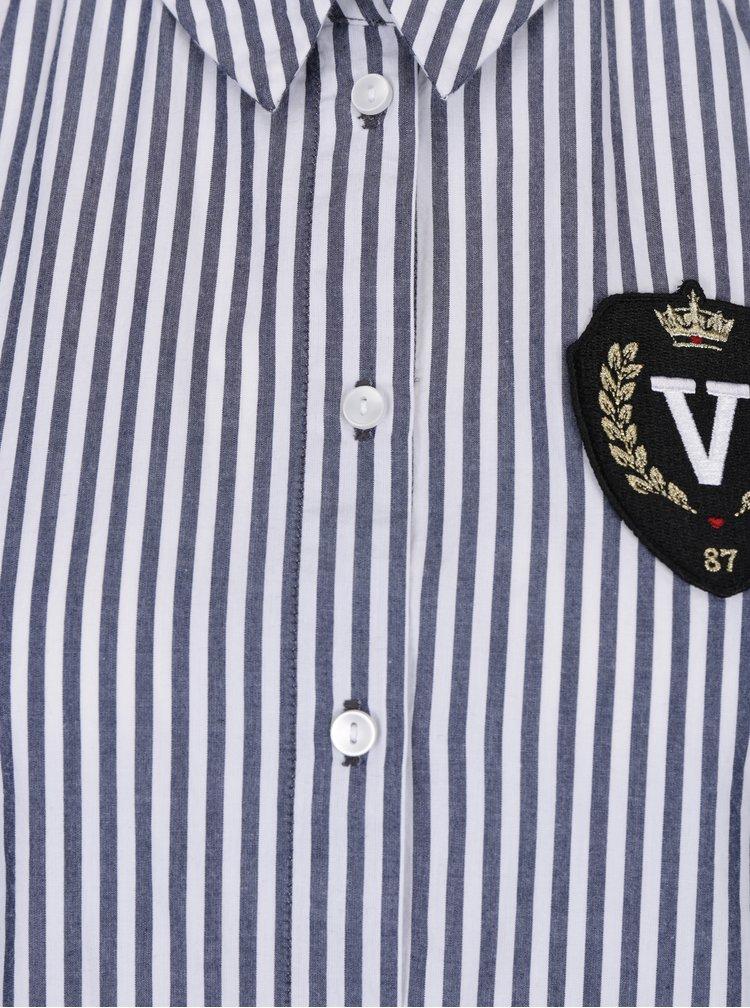Modro-bílá pruhovaná košile s nášivkou VERO MODA Leah