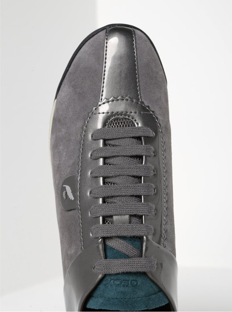 Pantofi sport gri închis cu detalii din piele întoarsă pentru femei - Geox Chewa
