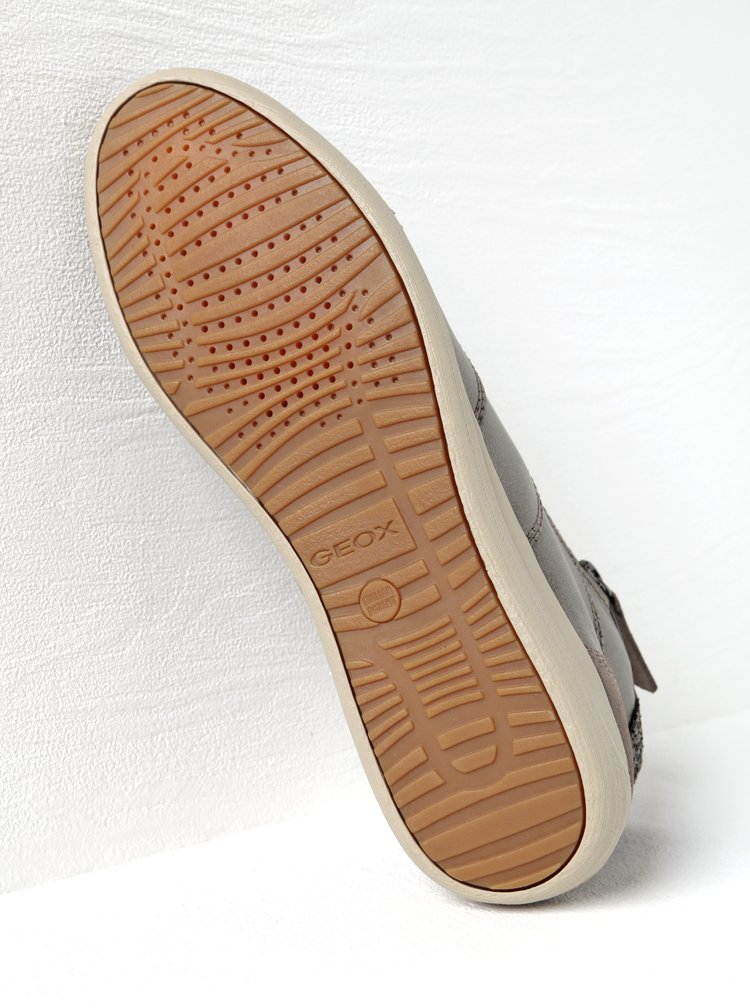 Hnedé kožené dámske tenisky s detailmi Geox Myria