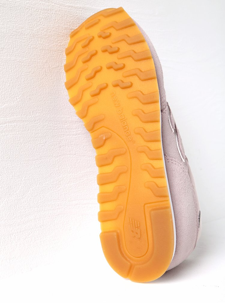 Pantofi sport roz pentru femei - New Balance 373