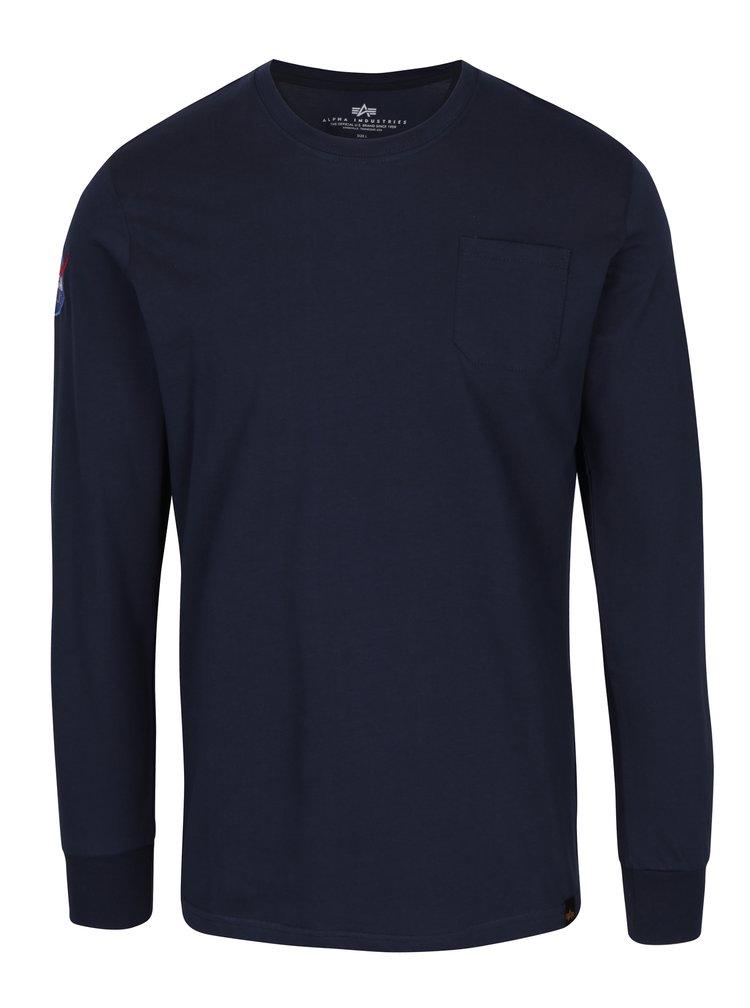 Tmavě modré pánské tričko s nášivkami ALPHA INDUSTRIES