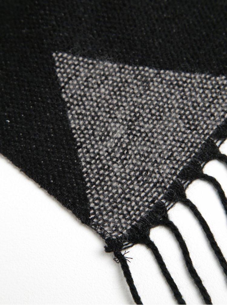 Šedo-černá vzorovaná šála s třásněmi VERO MODA Nora
