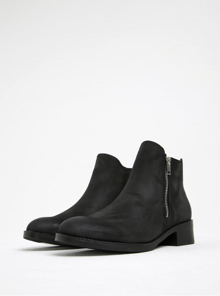 Černé kotníkové boty se zipem Pieces Abby