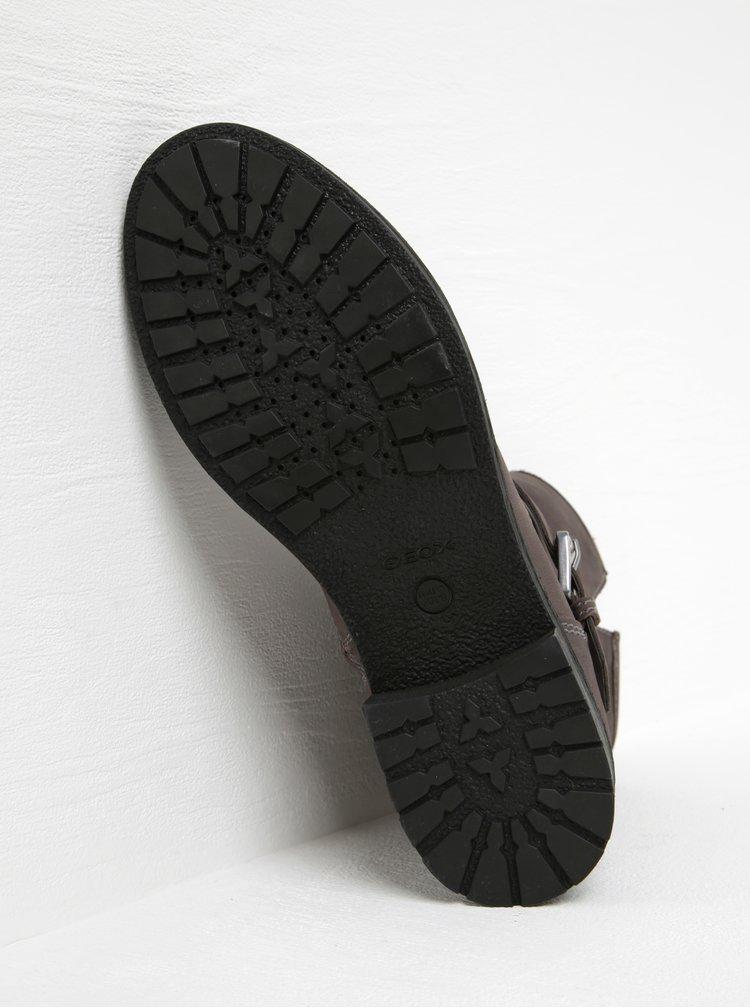 Šedé kožené kotníkové boty s přezkou Geox New virna