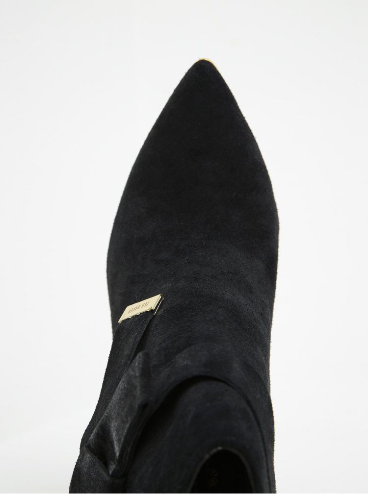 Černé semišové kotníkové boty na podpatku Ted Baker Sailly