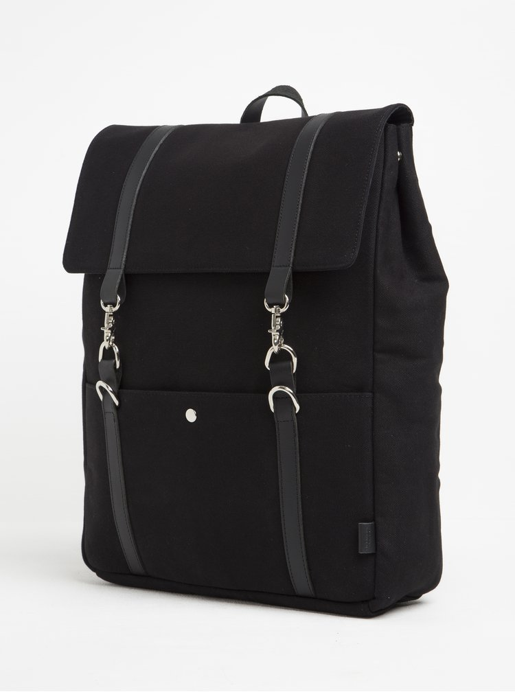 Černý batoh s karabinami Enter Cabin Backpack 18 l
