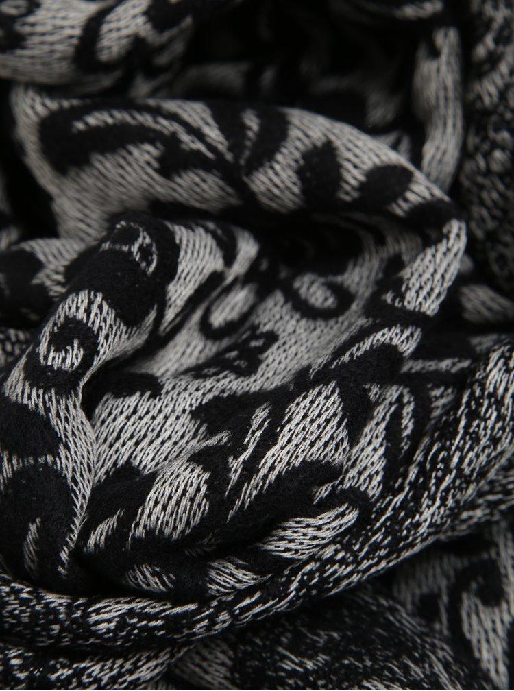 Šedo-černá vzorovaná šála ONLY Patrice