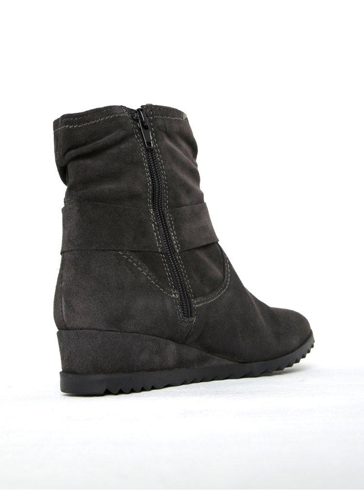 Tmavě šedé semišové kotníkové boty na nízkém klínku Tamaris