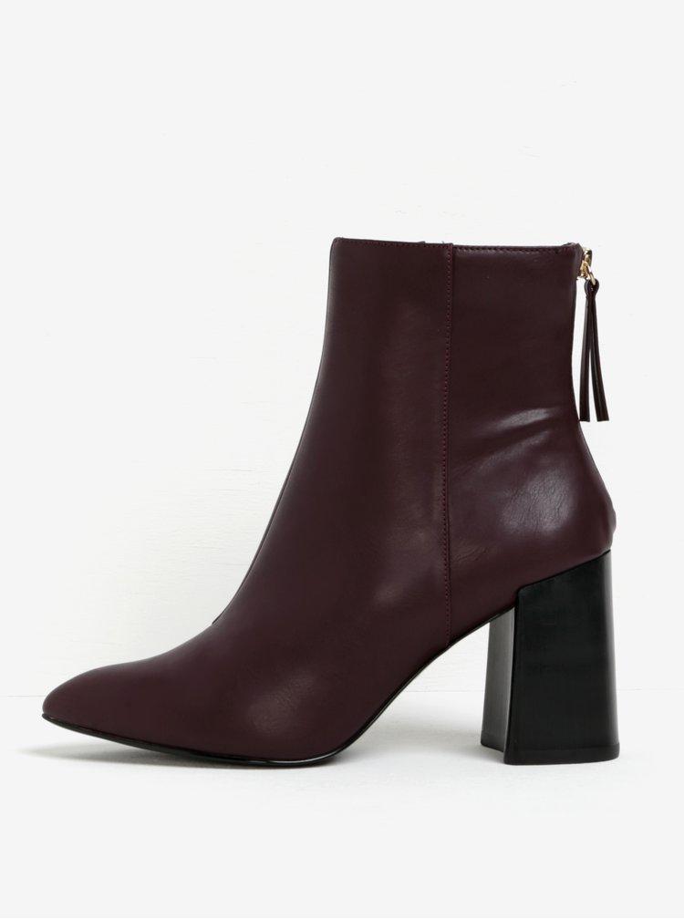 Vínové kotníkové boty na širokém podpatku Miss KG Secret