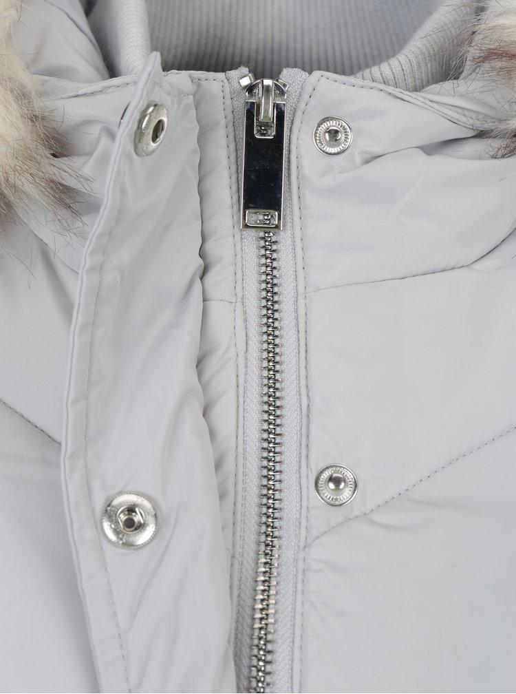 Šedý prošívaný kabát s páskem Miss Selfridge
