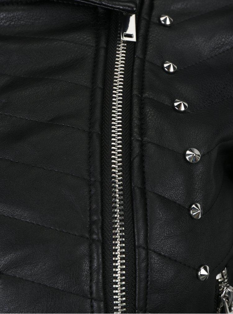 Černý koženkový křivák s plastickými detaily Miss Selfridge