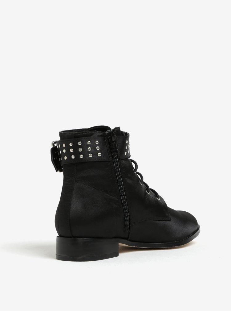 Černé kotníkové boty s ozdobnou přezkou Miss Selfridge