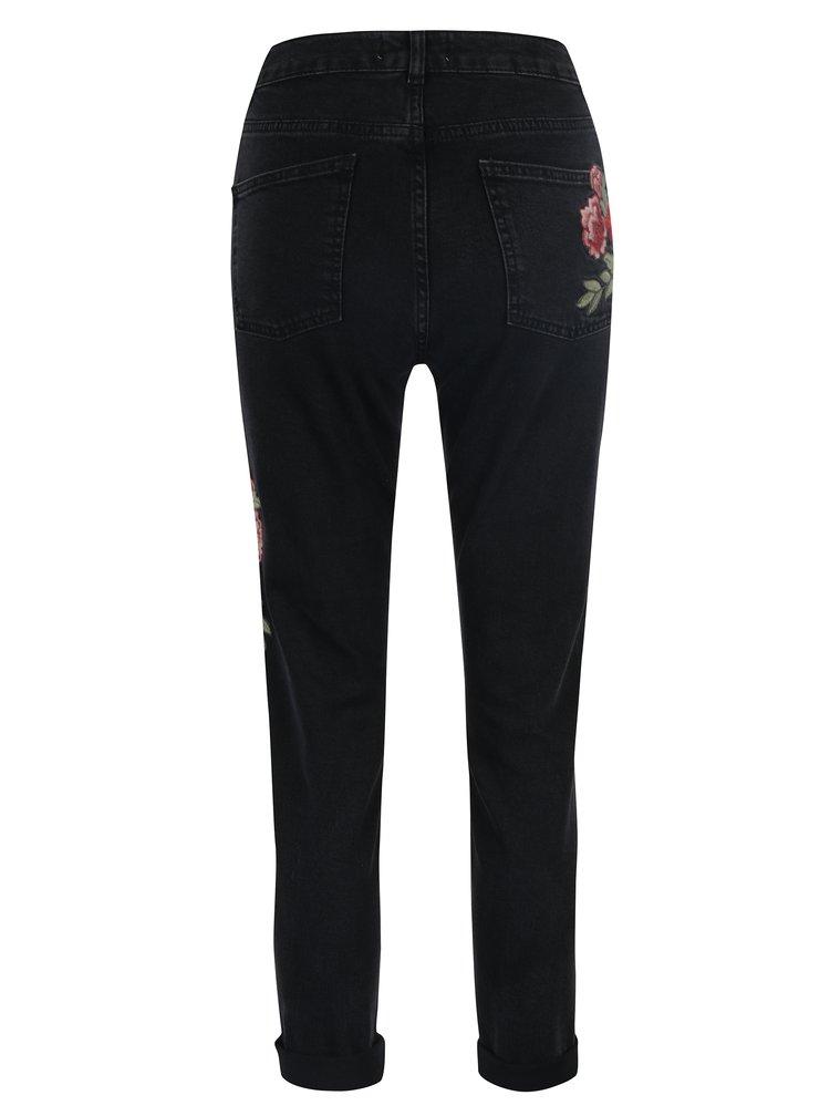 Černé mom zkrácené džíny s nášivkou a vysokým pasem Miss Selfridge