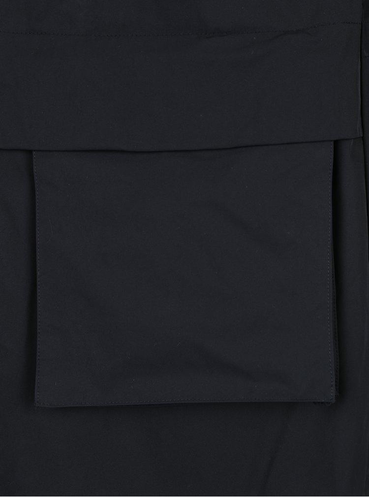 Černá dámská parka s kapucí Nike