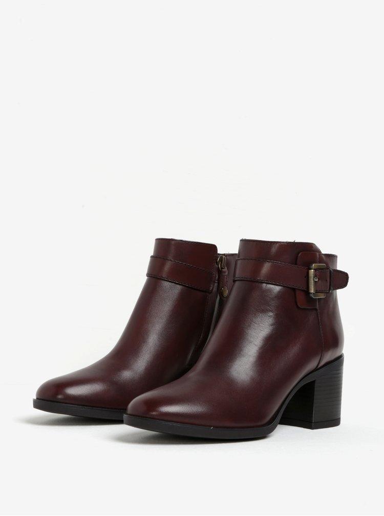 Hnědé dámské kožené kotníkové boty s přezkou Geox Glynna