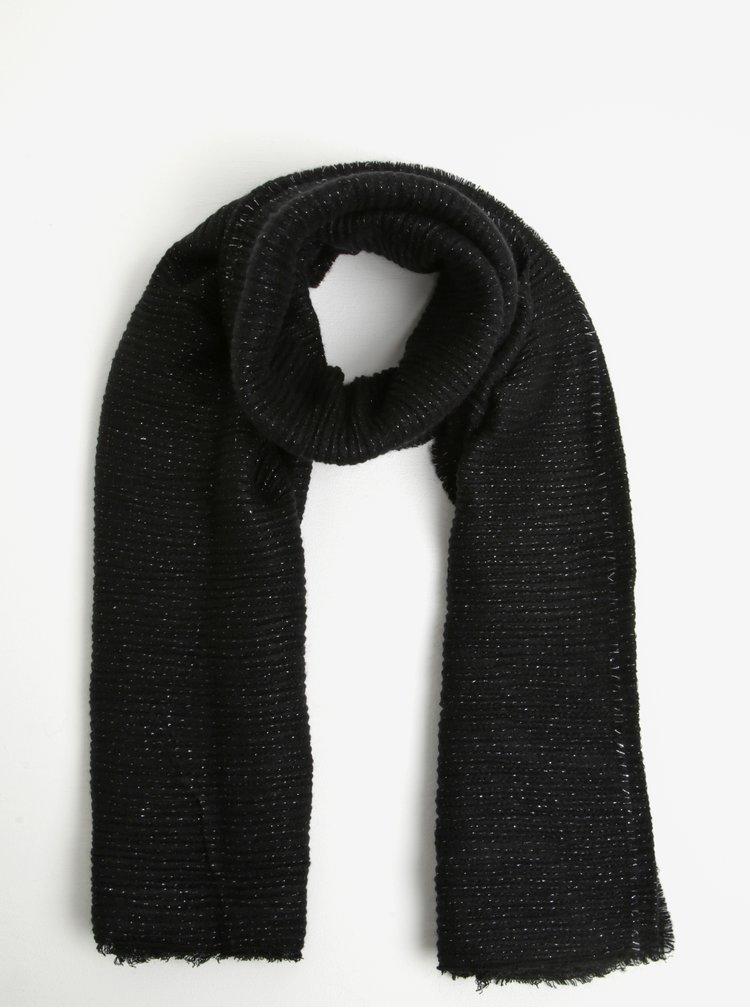 Černá dámská plisovaná šála se stříbrnými vlákny Pieces Roxan